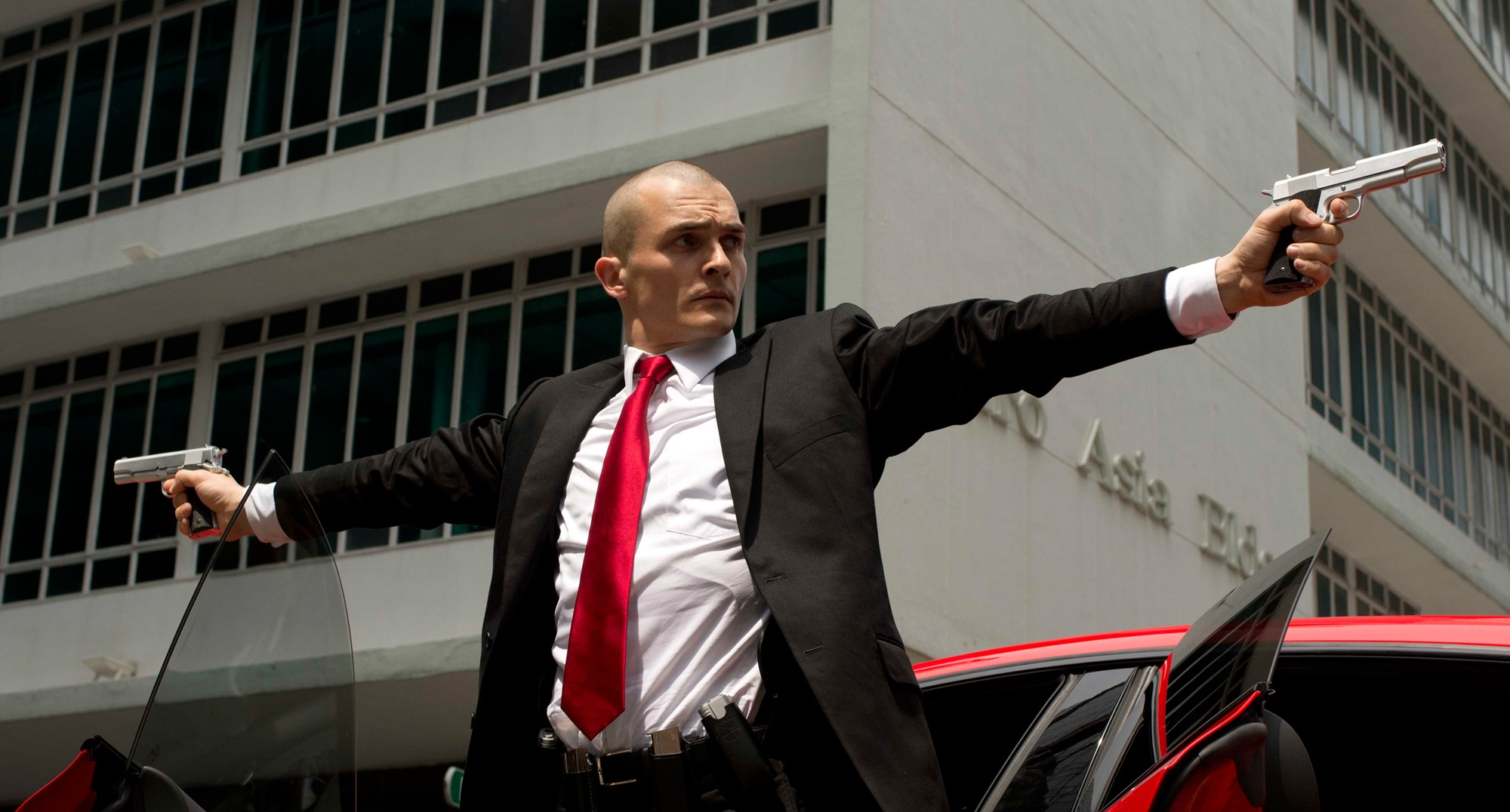 Agent 47 is Back with a brand new Hitman Movie [TRAILER]