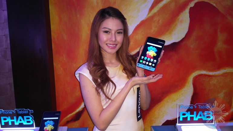 PHAB Plus 1 - Lenovo Combines the best of both worlds with the Lenovo PHAB Plus