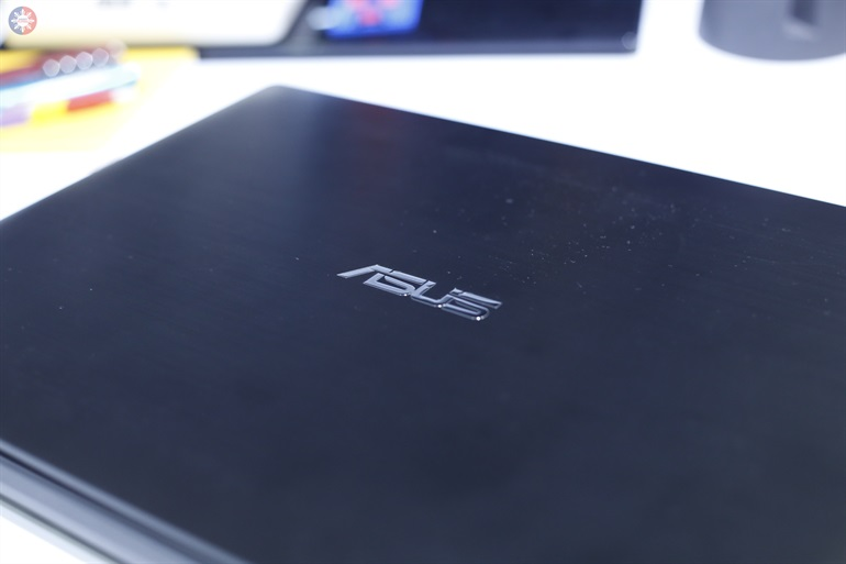 ASUS PRO laptop review