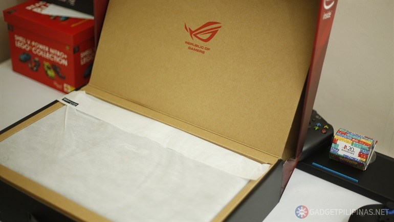 ASUS GL552JX Unboxing and First Impressions [Interactive]