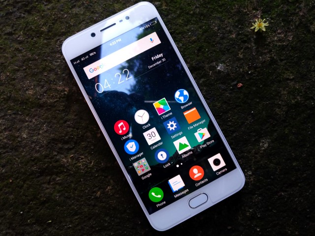 v5 unit1 - Vivo V5 Review: Worthy of the Title