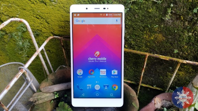 cm3 1 - Cherry Mobile Cosmos Three Review: Powerful, Yet Plain