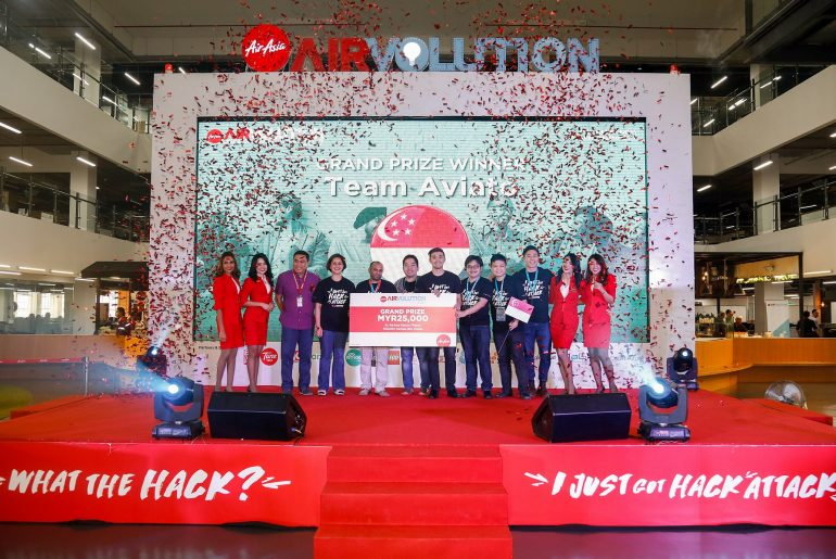 Photo 01 Airvolution Winner 770x515 - Aviato of Singapore Bags AirAsia Airvolution Hackathon Championship