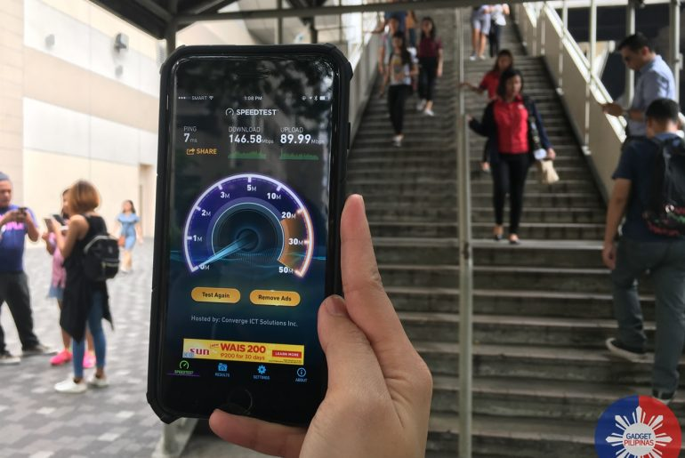 Smart empowers EDSA commuters and travelers with super speed WiFi