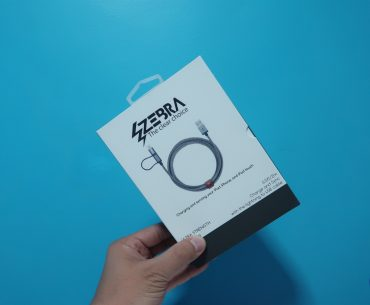 Zebra Cable 2 370x305 - 2-Meter Zebra Cable may be one of the best cable buddies for the new iPad Pro and other smartphones