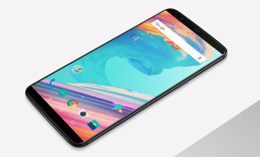 The OnePlus 5T has an 18:9 AMOLED Display and a Dedicated Low-Light Camera