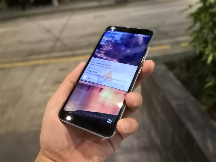 zenfone 4 max plus m1, First look at ASUS Zenfone Max Plus (M1); will likely drop this January 2018 as the most affordable 18:9 offering by ASUS, Gadget Pilipinas