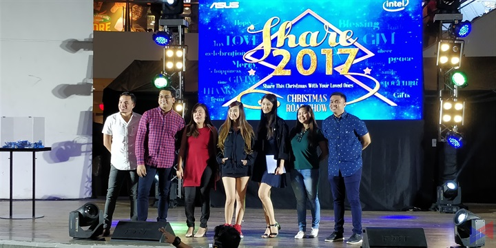 ASUS Celebrates the Holiday Season with Share 2017 Christmas Roadshow!