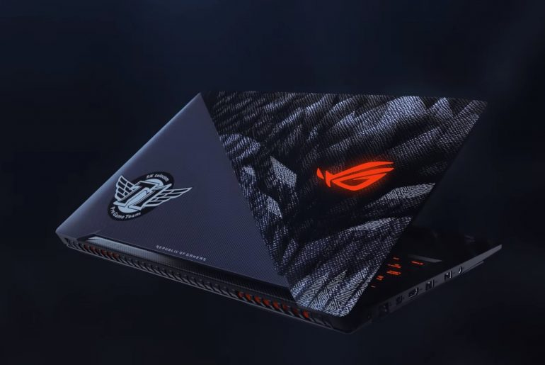 skt t1 laptop.0.png 770x515 - Biggest team of League of Legend partners with ASUS