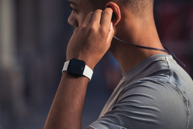 The Fitbit Versa should be at the top of everyone's smartwatch list