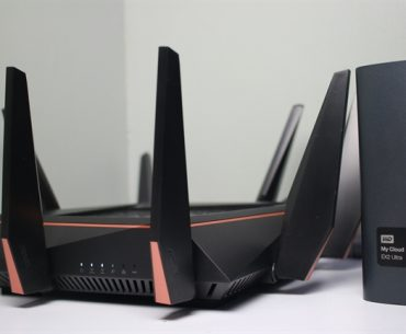 ASUS Rapture Review 2 370x305 - If your Wi-Fi's a mess, consider setting up an ASUS AiMesh