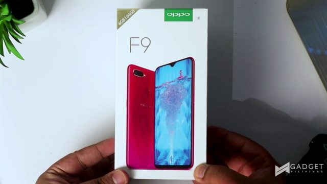 OPPO F9 Unboxing and First Impressions