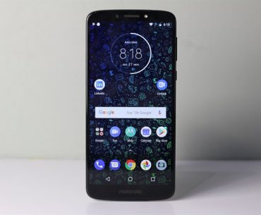 Moto E5 Plus Review 2