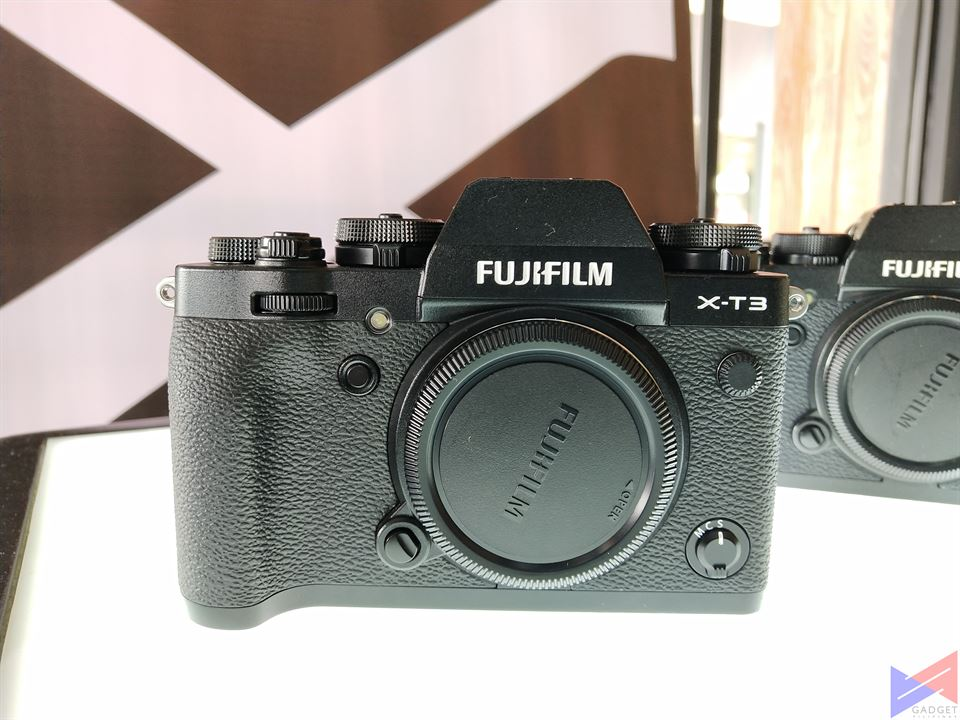 The FUJIFILM X-T3 Redefines the Standards for Mirrorless Cameras