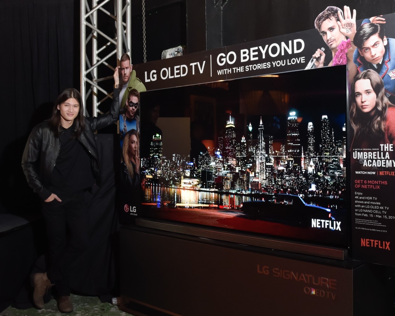 """lg netflix the umbrella chronicles, LG Partners with Netflix for the Premiere of """"The Umbrella Academy"""", Gadget Pilipinas"""