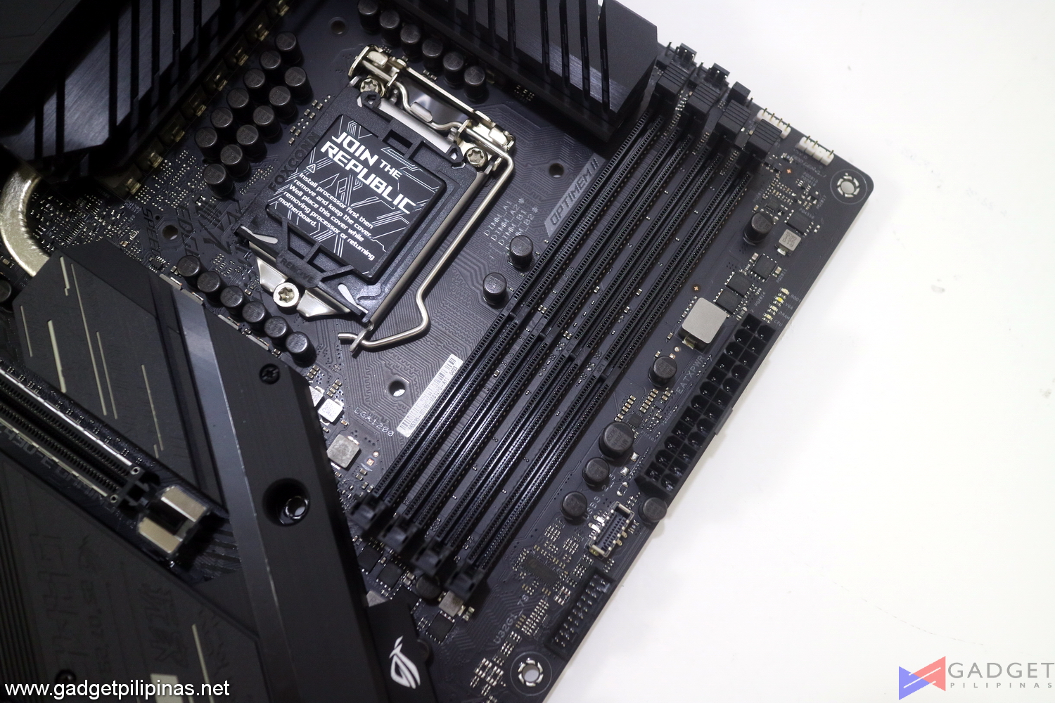 ASUS ROG Strix Z490-E Gaming Motherboard Initial Review - Daisy chain