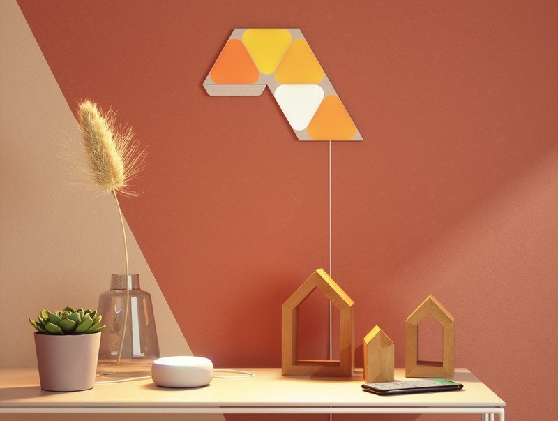 nanoleaf-mini-triangles-and-shapes-mini-triangles-mini
