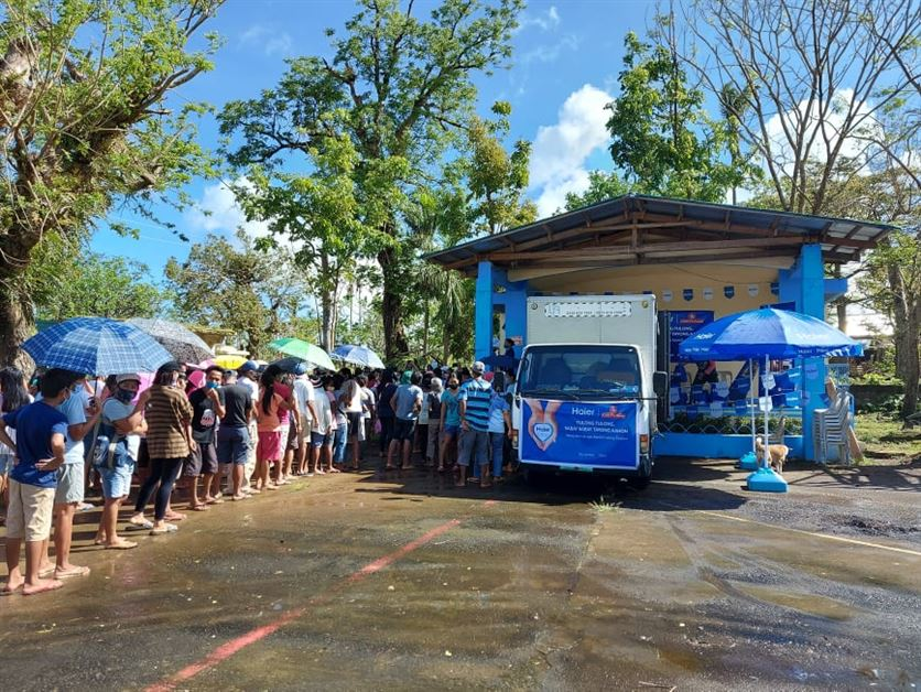 More than 650 families in four Bicol areas receive packages of love from Haier, Alsons & Willy & Sons