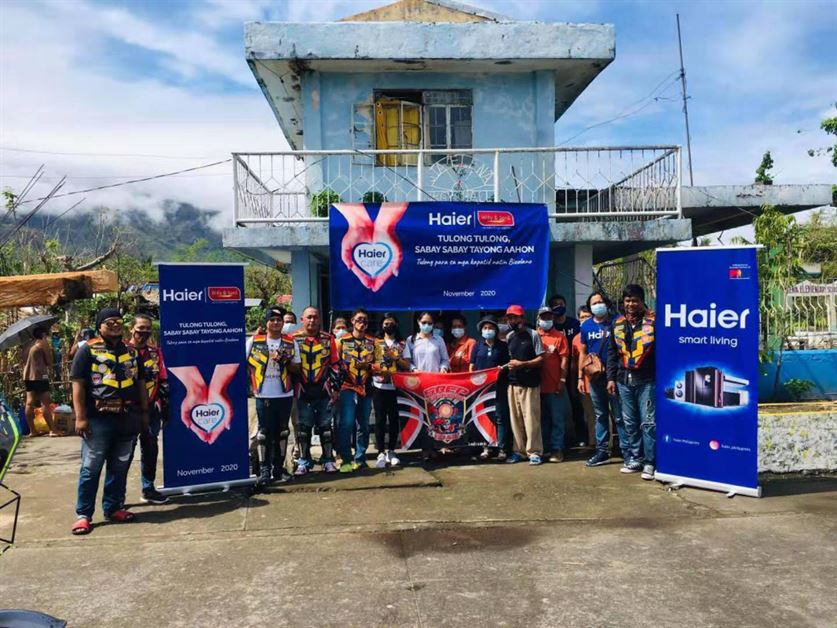 """""""Tulong Tulong, Sabay Sabay Tayong Aahon"""" relief operation with Haier Philippines and Willy's in Tabaco and Malinao, Albay"""