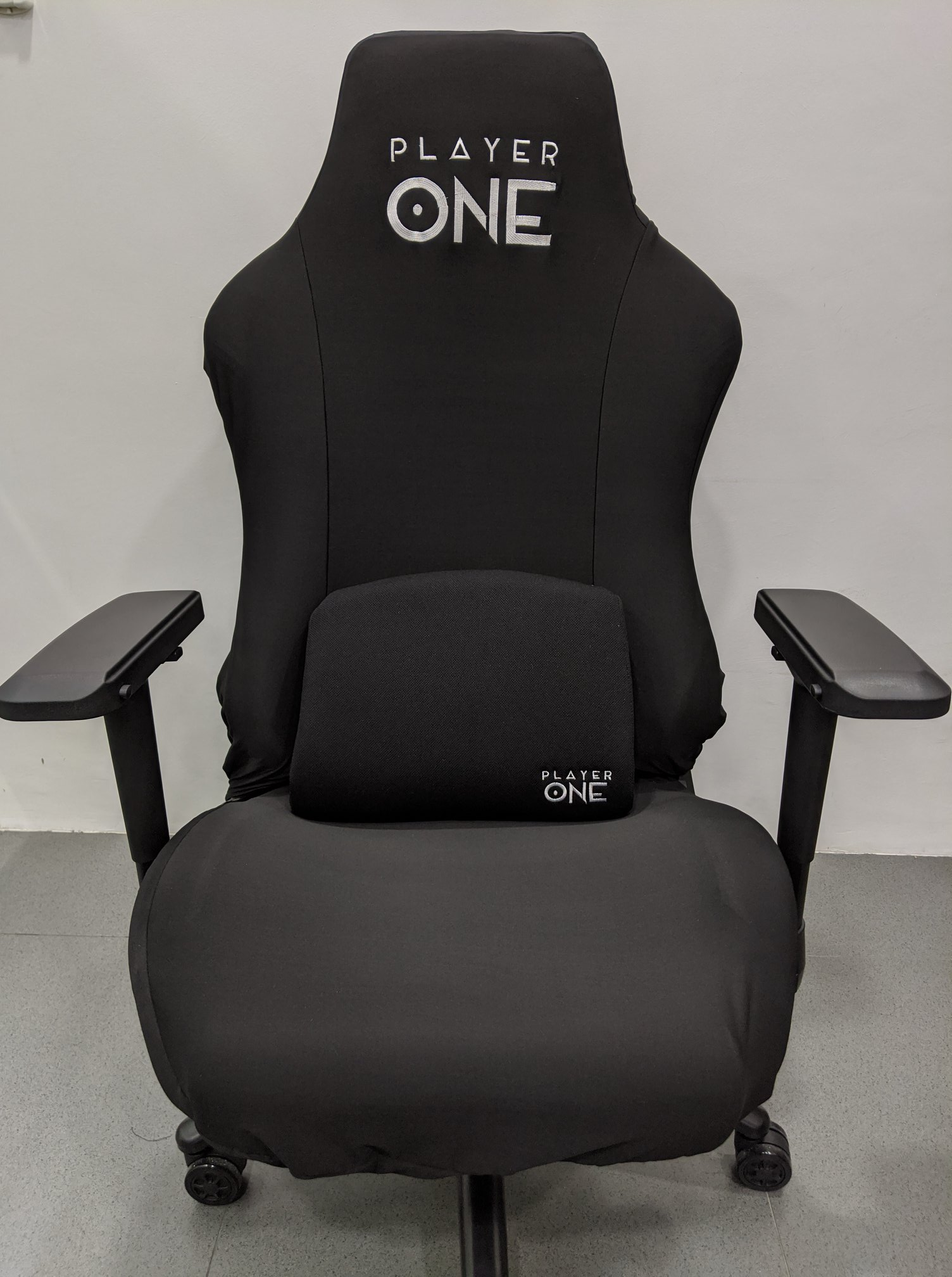 Player One Ghost v2 Gaming Chair Review - fabric cover